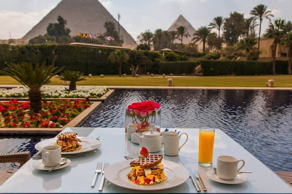 Where to eat during your Cairo day tours?