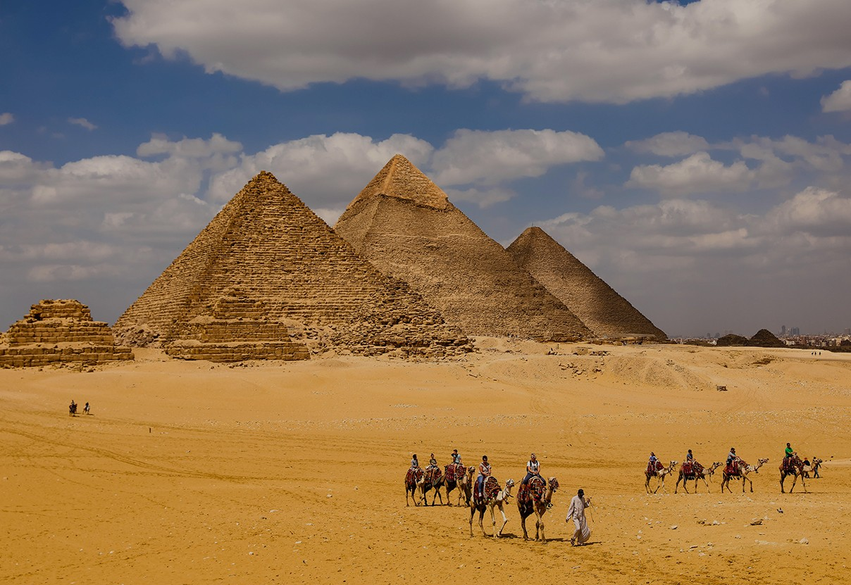Great Pyramids In Giza , Cairo Egypt Sightseeing 4 Days Package