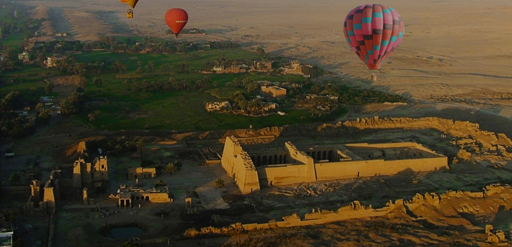 Hot Air Ballooning Ride In Luxor