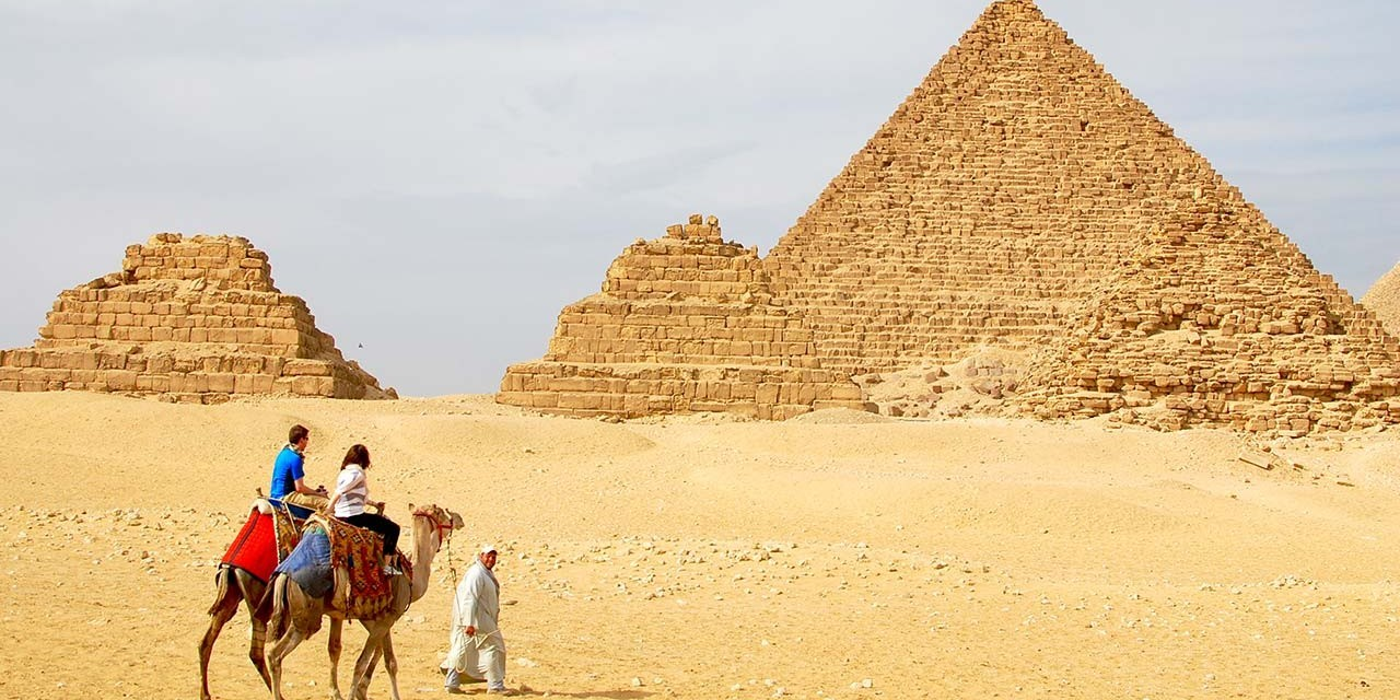 Stopover Tour To Giza Pyramids And Sphinx