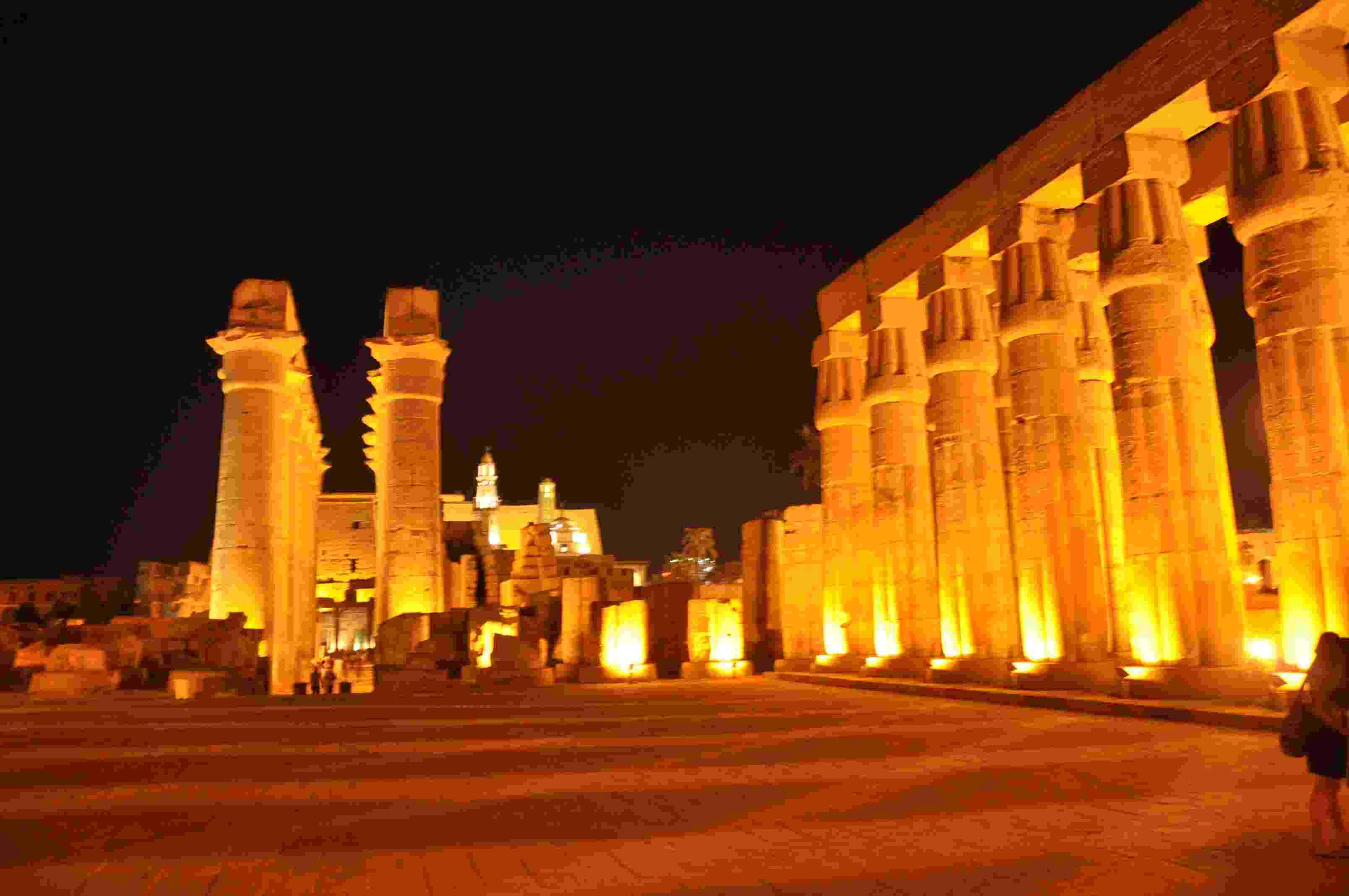 Egypt History and Nature 8 Days, 7 Nights Tour Package.