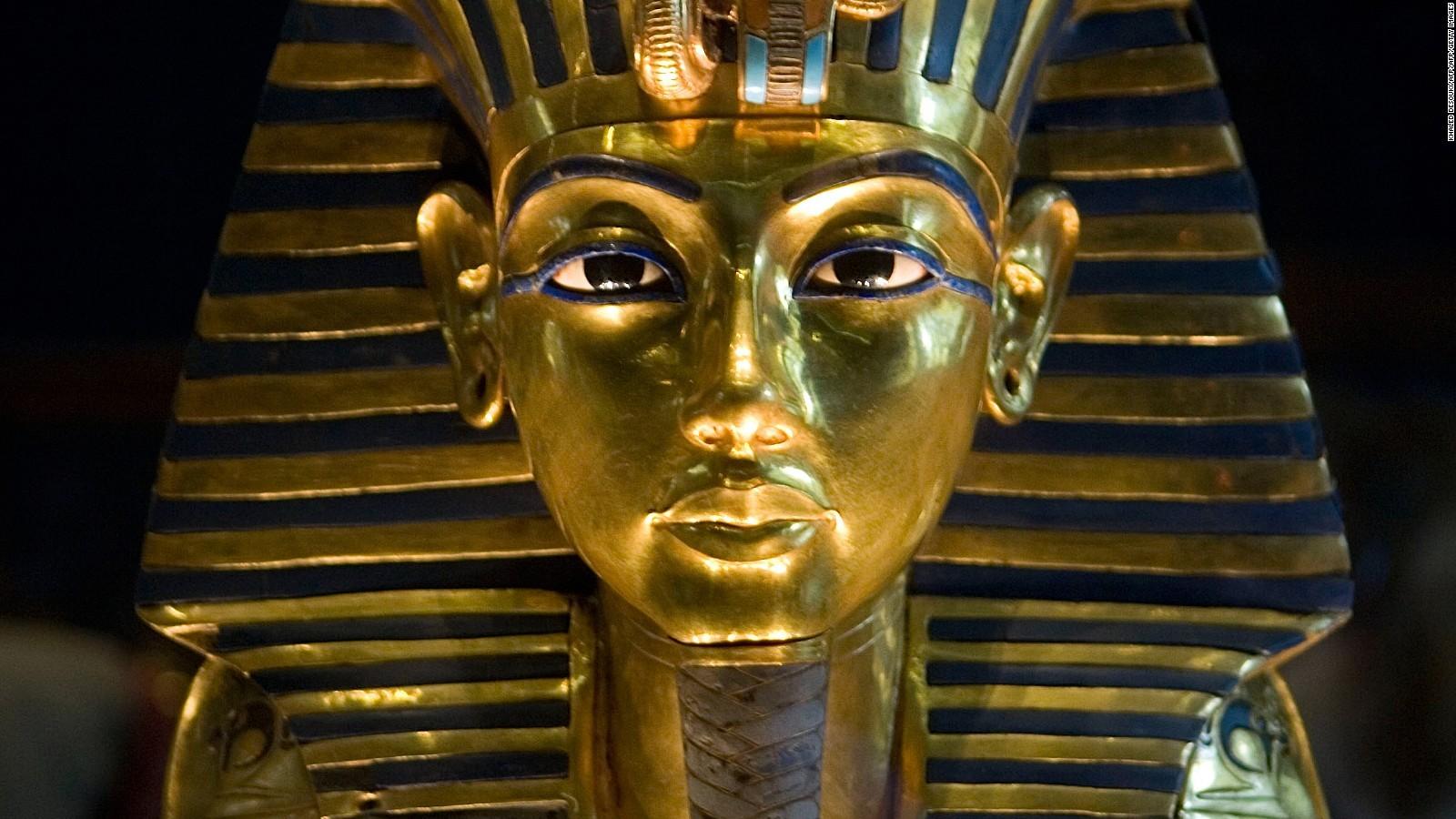 king-tut Amun