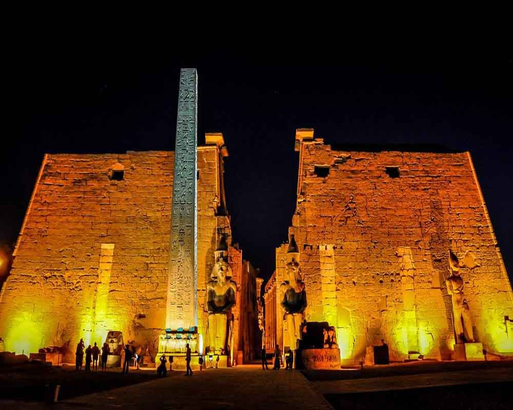 Egypt-Luxor-Temple-night.jpg