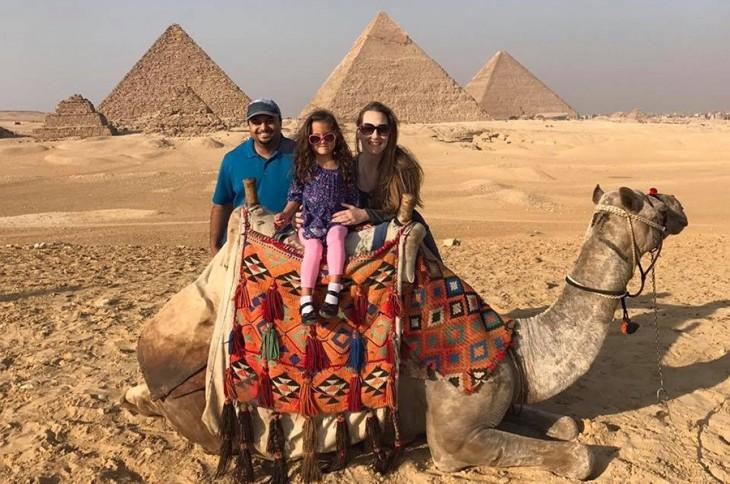 camel at the giza pyramids