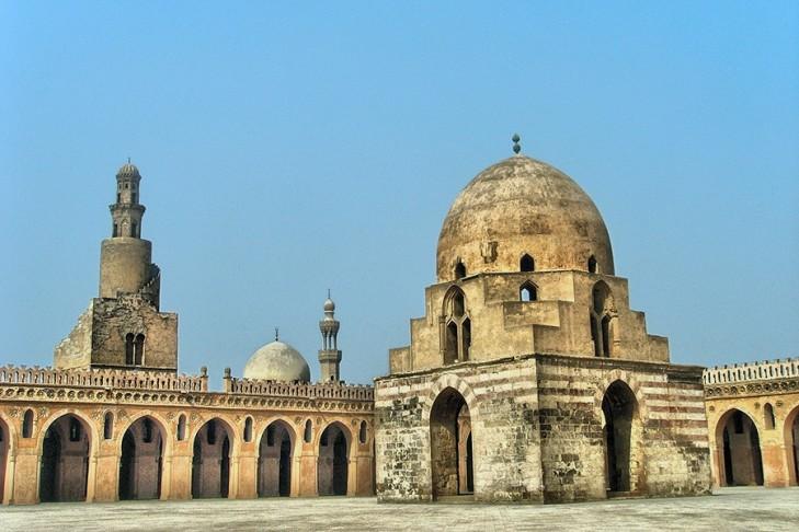 abn tolun mosque