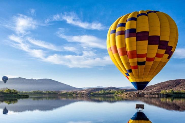 ballooning ride over luxor