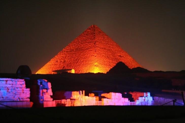 Giza Pyramids light show
