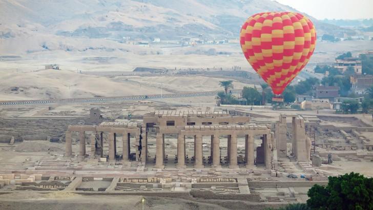 Hot Air Balloon Flight Over Luxor